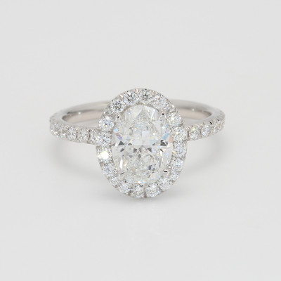 GIA 1.50Ct Oval Cut Diamond Halo Engagement Ring