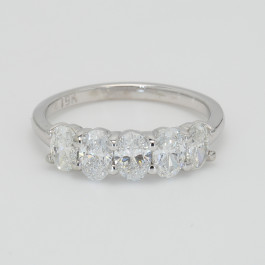 5 Oval Stone Ring Band