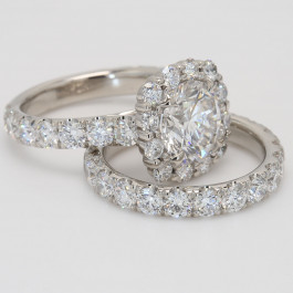 3.97 CT Round Halo Diamond Engagement Ring Set
