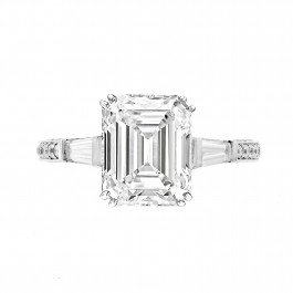 Exquisite Emerald Cut  Engagement Ring